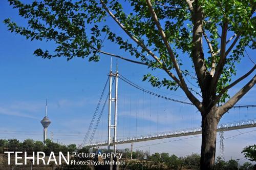 پل آسمان تهران